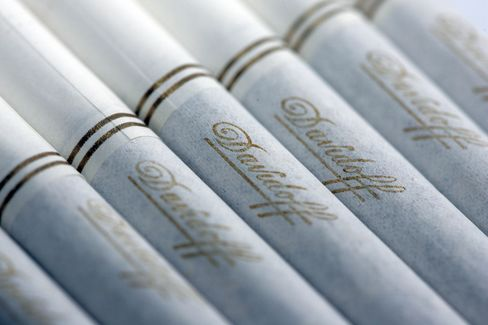 Imperial Tobacco Say Revenue to Rise on Higher Prices