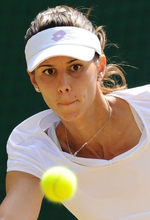 Pironkova upsets Venus Williams at Wimbledon
