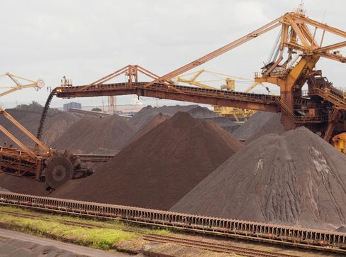 Iron Ore Drops Below $100 as Slowing Growth in China Cuts Demand