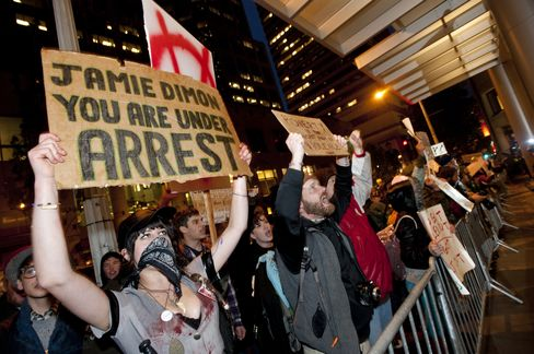 JPMorgan's Dimon Draws Seattle Protests