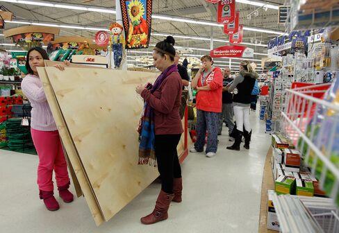 Hurricane Sandy Threatens November Retail Sales as Stores Close