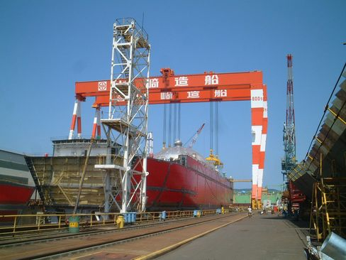 Kawasaki Heavy Eyes Merger to Thin Shipbuilding Ranks