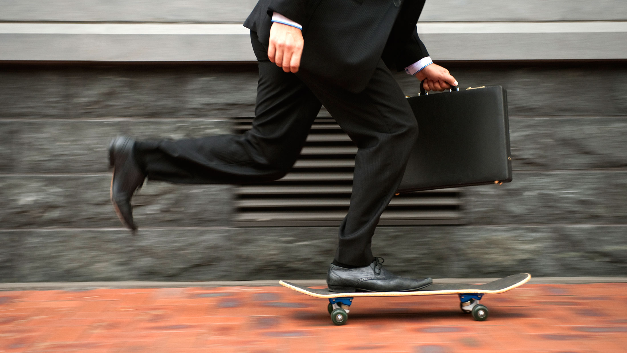 Economists Offer These 10 Career Tips for Today's Graduates