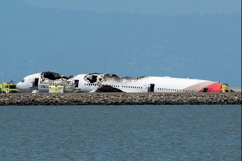 Asiana Jet Disaster Dodged as Design to Fast Exits Aid Survival