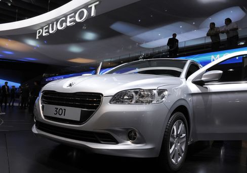 Peugeot Pushes Cut-Rate 301 Sedan to Fix Growth Woes
