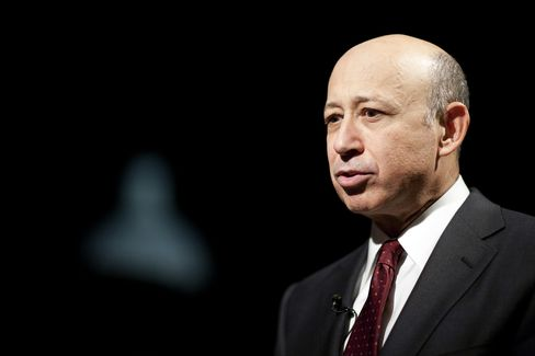 Goldman Cuts Blankfein's Pay 35% to $12.4 Million for 2011
