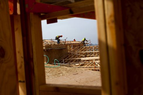 Housing Starts in U.S. Rise on Rebound in Multifamily Properties