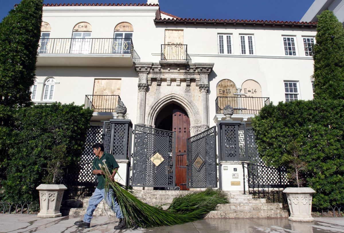 Versace Mansion For Sale Versace Miami Mansion Sells at