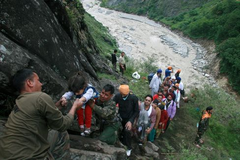 Floods Death Toll in India May Top 1,000 People, Official Says
