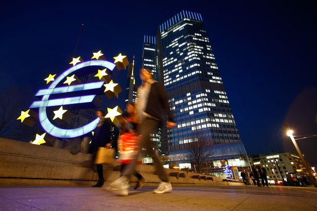 The days of euro strength may be numbered because of mushrooming fears of deflation. Photographer: Ralph Orlowski/Bloomberg