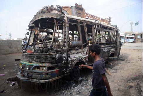 Paramilitary May Patrol Karachi as 339 Killed in a Month