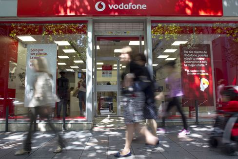 Vodafone Quarterly Service Sales Miss Estimates on Italy, Spain
