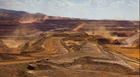 Rio Tinto First-Half Profit Falls 18% as Metal Prices Slide