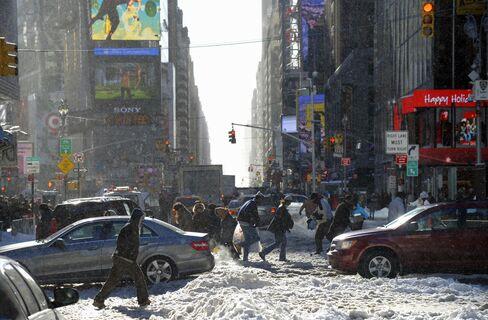 New York, East Coast Snow Will Again Make Travel a Nuisance