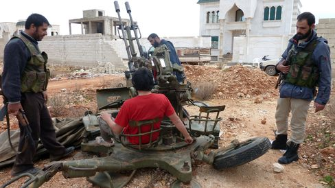 Syrian Rebels Clash With Assad Force Near President's Office