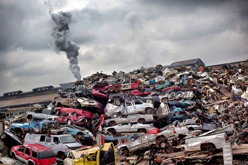 Ford Targets 41% Per-Vehicle Cut in Waste to Landfills by 2016