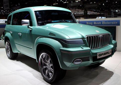 Saudi Arabia Plans Camel-Proof SUV to Tap Demand Boom