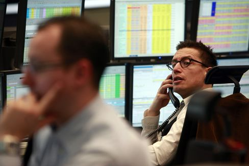 Stocks Rise With Commodities as Yen Weakens, German Bonds Fall