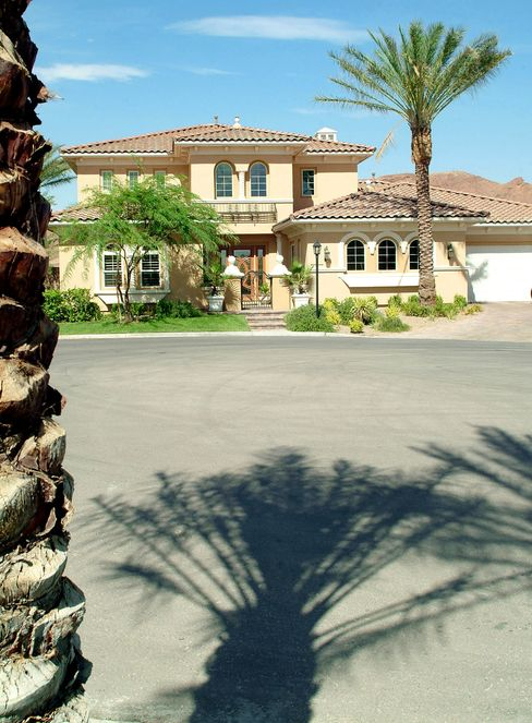 Luxury vacation-home sales fade with economic recovery