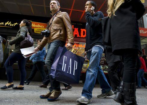 Gap, Macy's Surpass April Sales Estimates as Confidence Gain