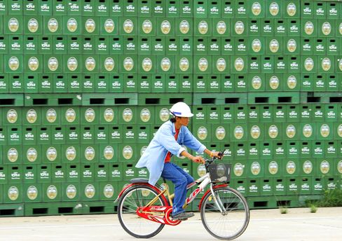Thai Beverage Gets $2.3 Billion Loan to Fund F&N Stake Purchase