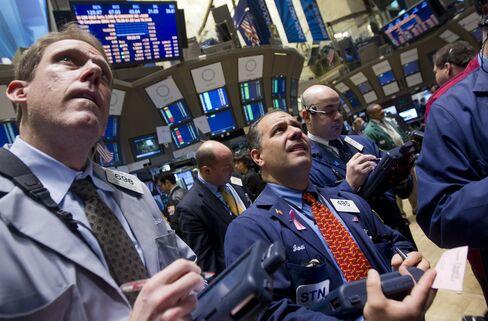 Stocks Rise as Buffett Eyes Takeovers