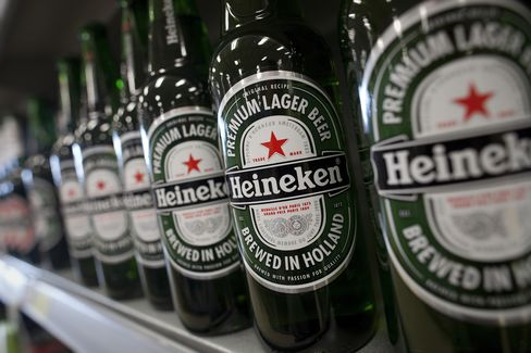 Heineken Revival in U.S. Starts With Multicultural Beer