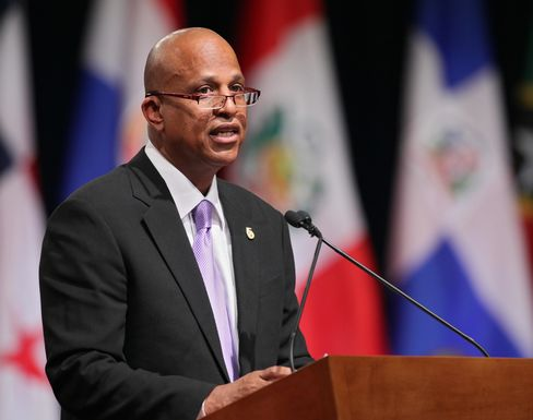 Belize's Unneeded Bondholders Losing Leverage