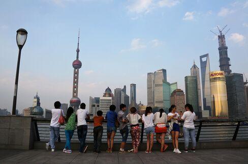 China Debt Surge Pressures Xi-Li to Avert Japan-Like Lost Decade