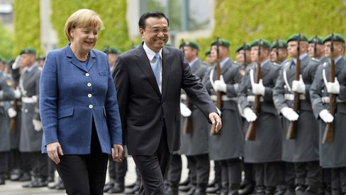 German Chancellor Angela Merkel and Chinese Premier Li Keqiang