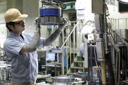 Japan's Machinery Orders Rebounded Less Than Forecast in June