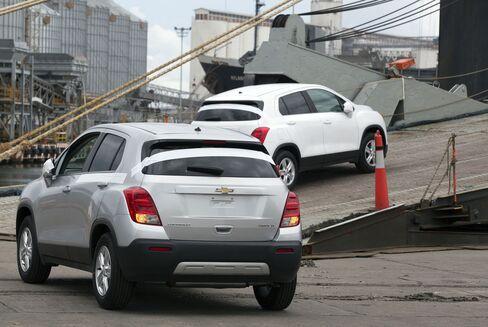 Chevrolet Autos At The Port Of Veracruz