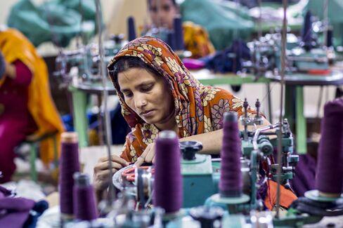 Wal-Mart to Gap Bangladesh Factory Safety Pact Seen Lacking