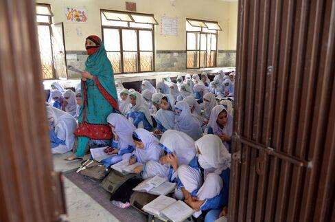 Female Students in Pakistan