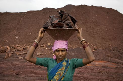 Indian Ore Plunging With Eagle Bulk Seen at Record Low