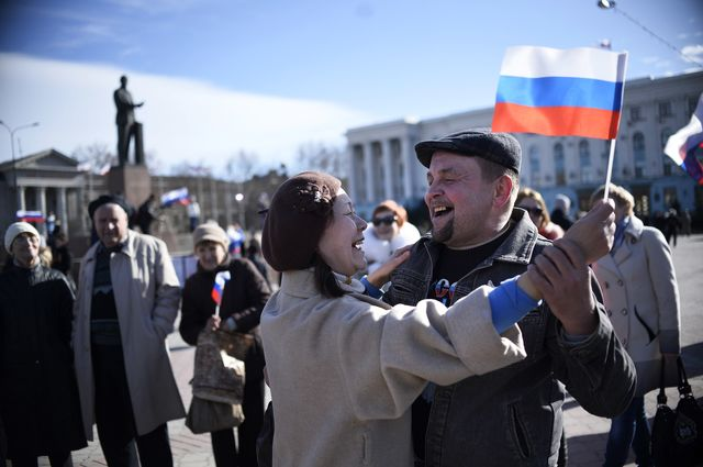 Crimeans' support for Russia's Vladimir Putin should not be underestimated. Photographer: Dimitar Dilkoff/AFP/Getty Images
