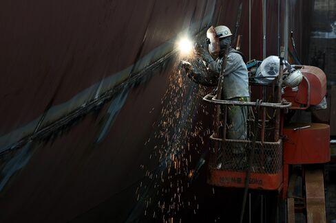 Korean Shipyards to Buy 12% Less Steel Plate