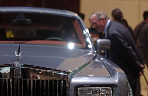 Swiss Bankers' Millionaire Dreams Fade as Margins Drop