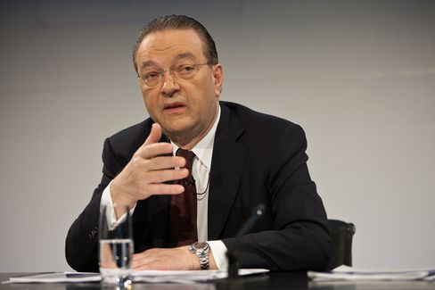 UBS AG CEO Oswald Gruebel