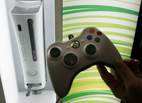 Xbox Challenged as Cable Plots to Make Consoles Obsolete