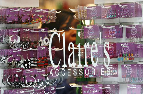 Claire's New CEO Gets Thumbs-Up From Lenders