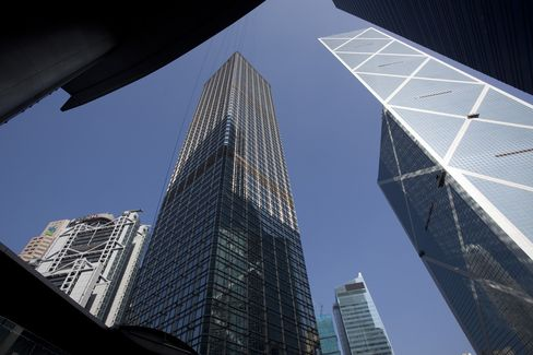 BofA Said to Consider New Hong Kong Lease as Vacancies Rise