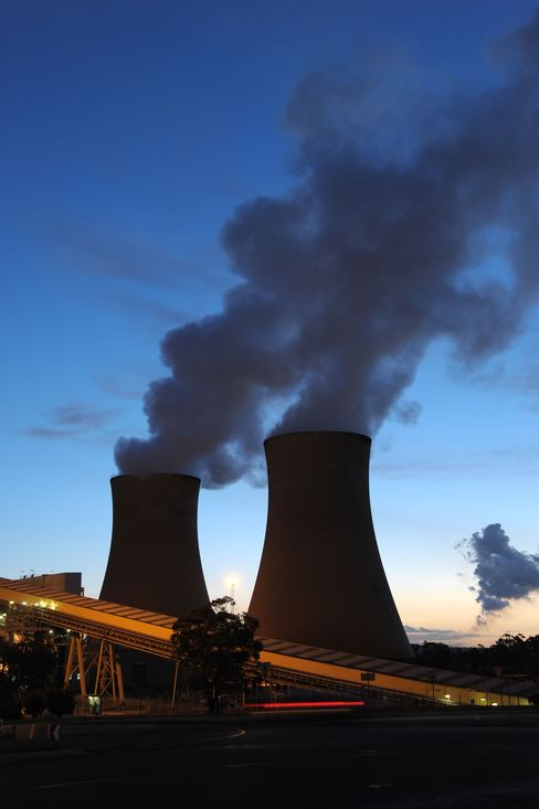 Global Warming Slows as Fossil Fuel Emissions Rise to Record