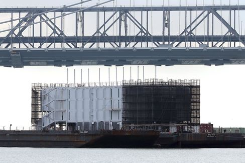 Google Says Barge in San Francisco Bay Will Show Off Technology