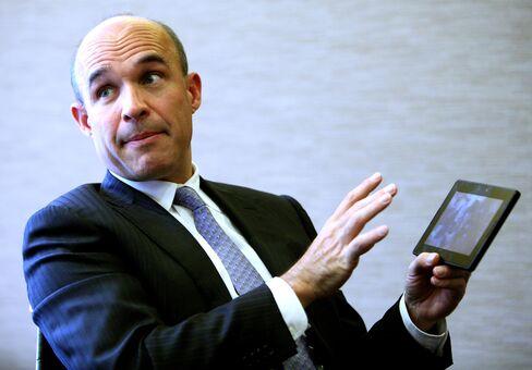RIM CEO Considers Operator Compensation to Restore Trust