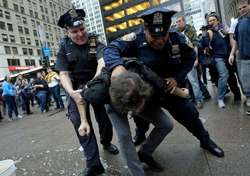 Wall Street Protesters Arrested After Park Closing Postponed