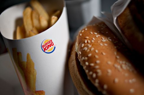 Burger King Finance Chief Schwartz to Become CEO as Hees Leaves