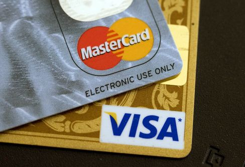 Visa, MasterCard Fee Deal Faces Opposition From 1,200 Businesses