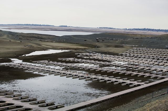 Folsom Lake Marina at Folsom Lake, at 17% capacity in February 2014. Photographer: Ken James/Bloomberg