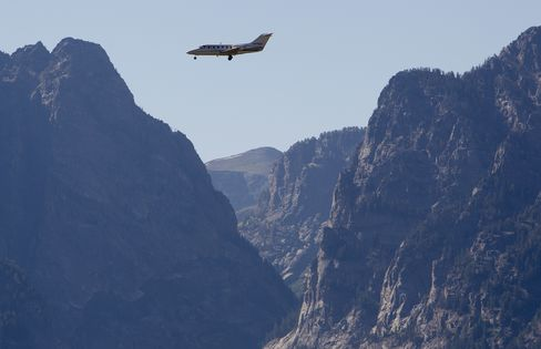 Raytheon, L-3, Lockheed Shares Rise on Higher Defense Profits